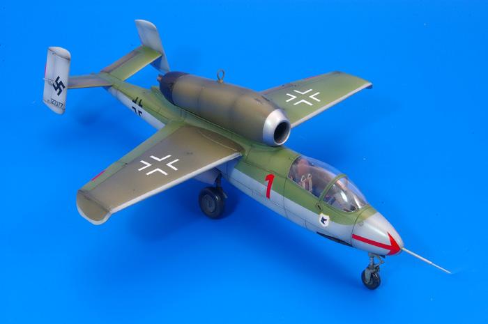 Tamiya Heinkel He 162A-2 Salamander 1:48