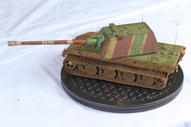 Amusing Hobby German E-100 Super Heavy Tank 1:35