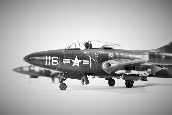 Trumpeter US Navy F9F-2 Panther, Neil Armstrong 1:48