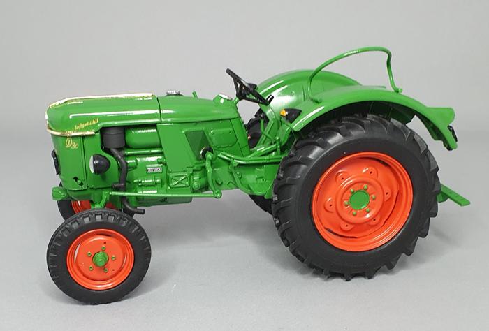 Revell Deutz D30 Tractor 1:24