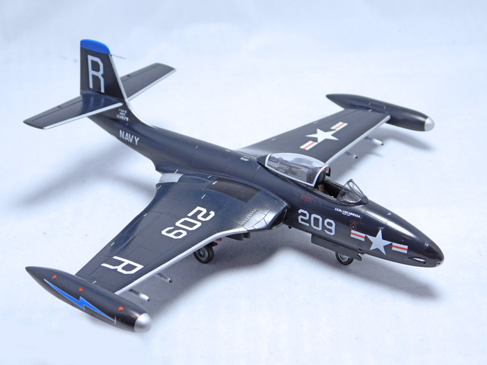 Sword McDonnell F2H-2 Banshee 1:72
