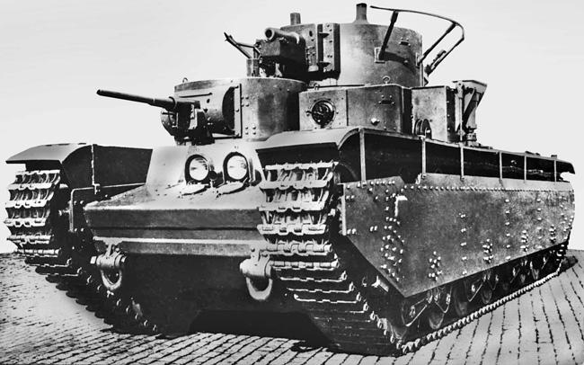 HobbyBoss Soviet T-35 Heavy Tank Late 1:35